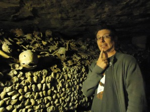 paris_catacombs_lef