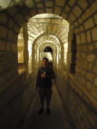 paris_catacombs_lef_tunnel
